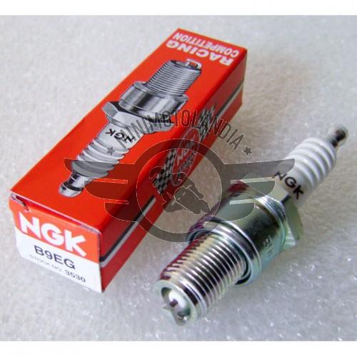 Candela NGK B9EG-3530 Per Minimoto Con Motore BZM
